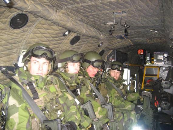 Grundläggande utbildning i helikoptertjänst.