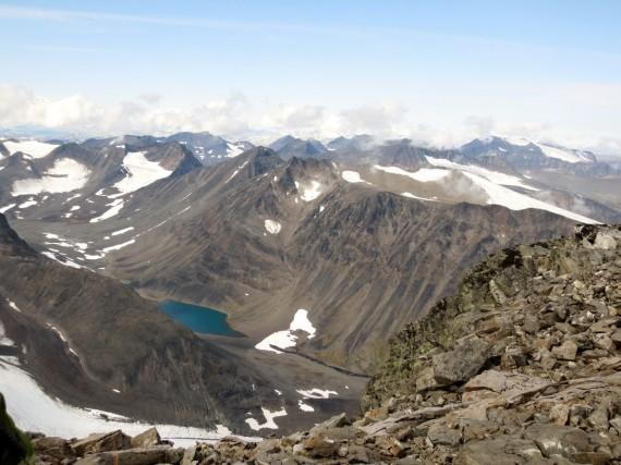 Kaskasatjåkka's topp bjuder på fantastisk utsikt