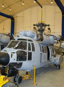 Nedmontering av helikoptrarna (Foto Calle, Hkpflj)