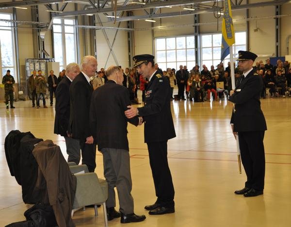 70 års jubilarerna var särskilt omhändertagna vid ceremonin. Foto: Mats Gyllander/LSS