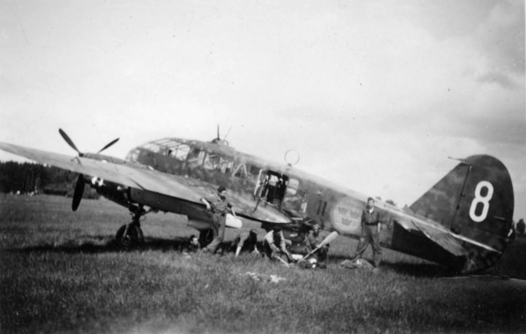 Heribert Håkansson var befälhavare på S 16 Caproni med beteckningen F 11-8, det flygplan som sedermera sköts ner av tyskarna över Östersjön. Foto ur Svensk Flyghistorisk Förenings arkiv