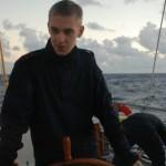 Elev R Pettersson till rors utanför Key West.
