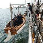 Sjösättning av skeppsbåt