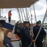 Förbereder att ta emot skeppsbåten