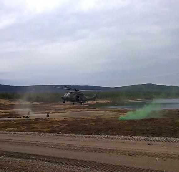 Första truppförflyttningen med Helikopter 14. Foto: Arméns jägarbataljon