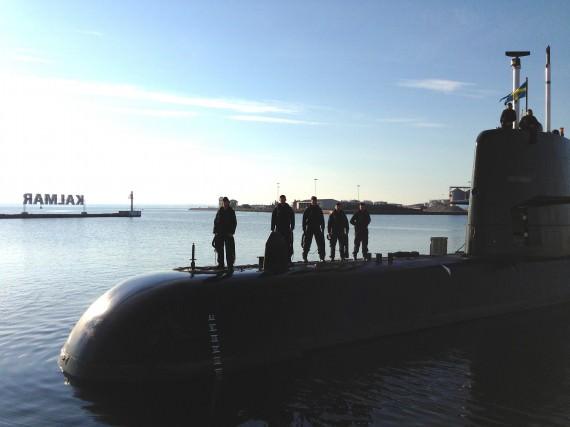 Ubåten HMS Halland förtöjer i Kalmar den 29 augusti 2013 (foto: Första ubåtsflottiljen/Försvarsmakten)