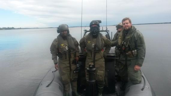 Riksdagsledamot Abdirizak Waberi och Bo Genfors besöker STE vid Första ubåtsflottiljen