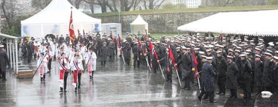 Invigningsparad vid Norska Marinens 200-årsjubileum (Foto: Norska Marinen)