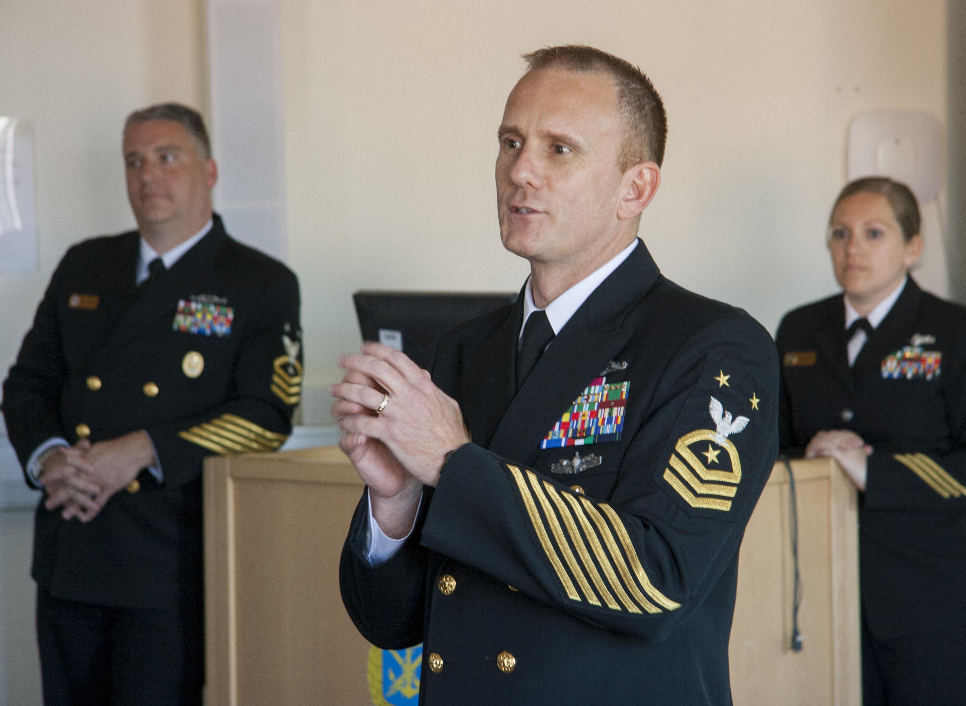 Seminarium i Trolle filmsal, Fleet Master Chief Steven S. Giordano