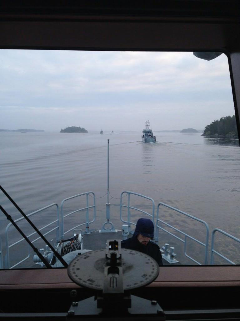 Samtliga fartyg på kolonn ut från Orrbasen redo för en dag med militärledsnavigering.