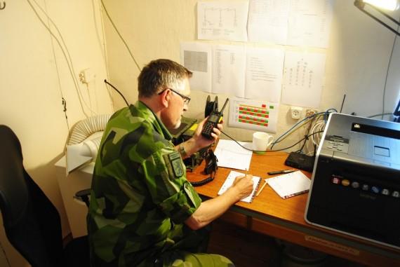 Fk. Christer Wiklund signalerar via Rakel Ra1444.