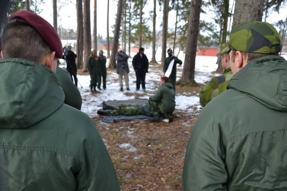 träna med försvarsmakten